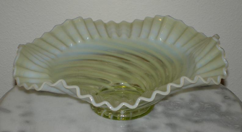 Swirl Opalescent